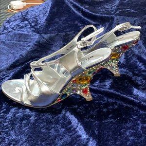 Alisha hill Silver studded sandals size 8 M